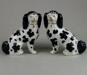 staffordshire-pottery-a-pair-of-disraeli-spaniels