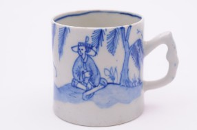 a bow porcelain mug in the cross legged chinaman pattern circa 1753-55 (fs17/30)