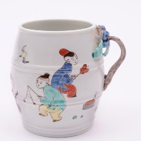 a chantilly porcelain mustard pot circa 1740-50