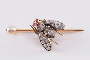 insect bar brooch fs17/292 sold for £720