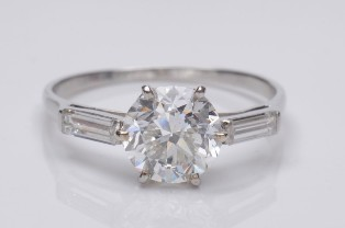 a diamond single stone ring with 2.2ct stone (fs18/292)