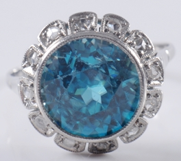a zircon and diamond cluster ring (fs17/310) sold for £1,100